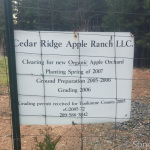 Cedar Ridge Apple Ranch Sign