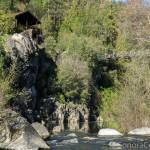 Seasonal residence and footbridge at Spring Gap